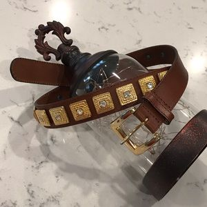 Beautiful brown leather, gold embellished belt